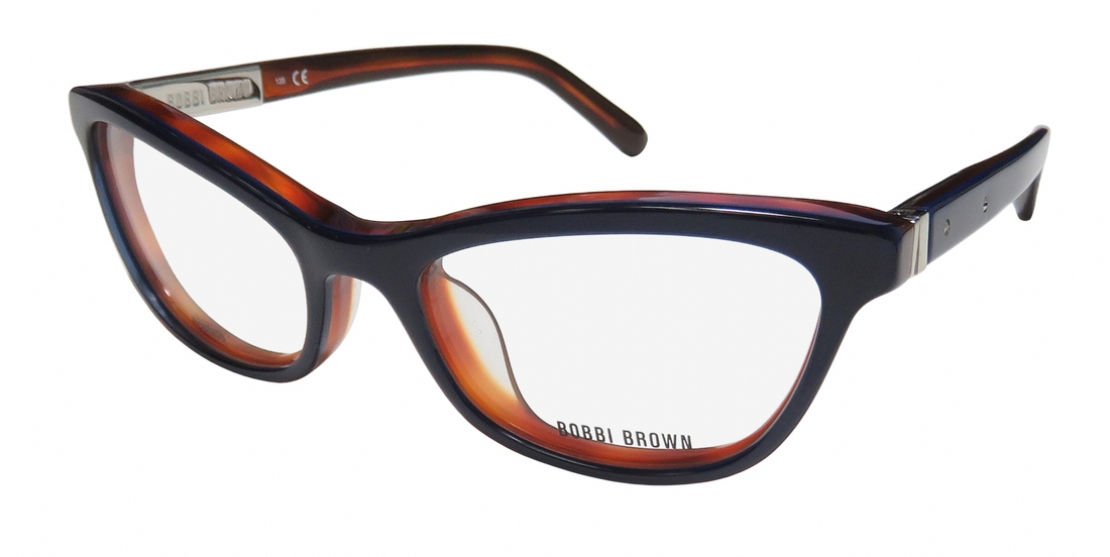 BOBBI BROWN THE ADRIEN