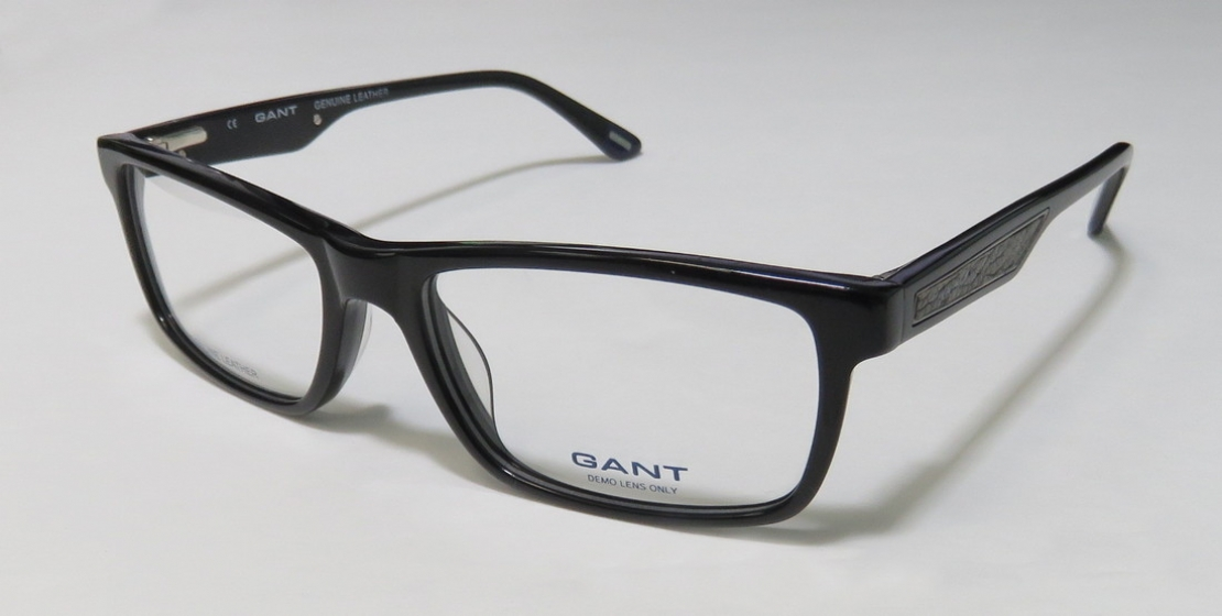 GANT JULIAN in color BLK