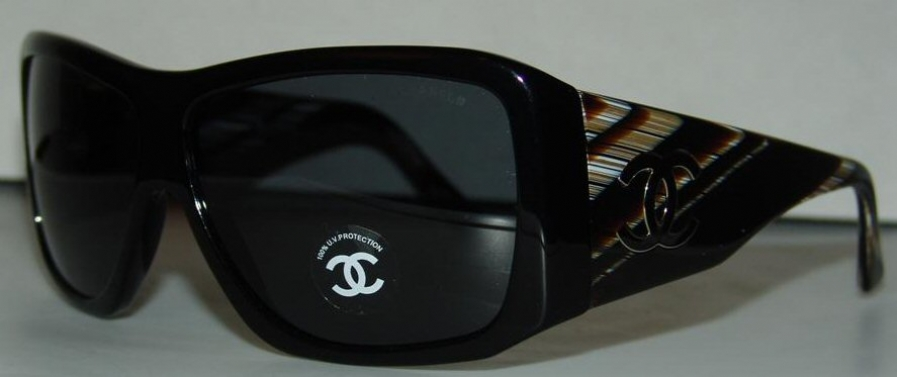 CHANEL 5079 in color 820