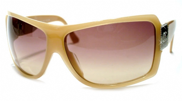 CHANEL 5081B in color 71013